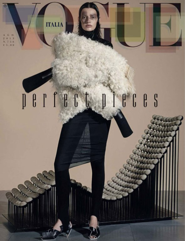Amanda-Murphy-by-Steven-Meisel-for-Vogue-Italia-August-2013-VividstateOrg